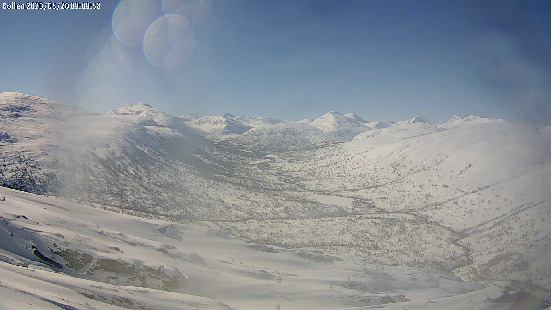 Innover Vindøldalen sett fra webkamera på Bollen